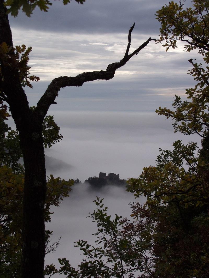 Mistična strana Zlatne doline i tajne starih gradova